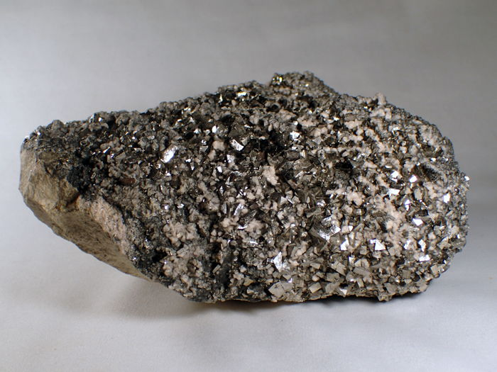 Very nice Arsenopyrite, golden pyrite, and other minerals, rare from Trepca, Kosovo - 21 x 15 x 9 cm - 4573 g
