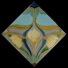 Gilliot & Cie Hemiksem - Art Nouveau tile with flowers