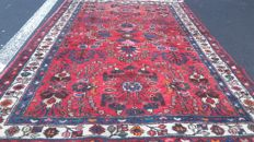 Hand knotted Persian carpet,307x 205 cm