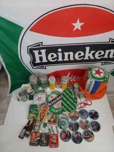 Loot of various Heineken items - decorative materials