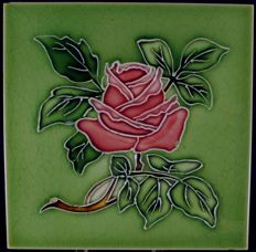 T & R Boote - Art Nouveau tile with red rose