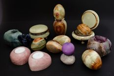Mineral objects diverse - in total 5300 grams (15)