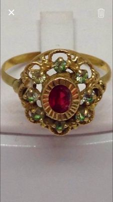 Charming antique size 57 ring in 18 kt gold, with rubies and zircons - Low reserve price
