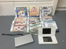 2 Nintendo DS lite consoles with 9 games
