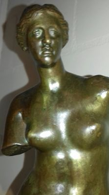 Beautiful bronze sculpture modelled on the Venus of Milo -signed Ron Collas and Musée du Louvre - early 20th century