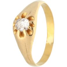 18 kt - Yellow gold ring, set with 1 old mine cut diamond of approx. 0.30 ct in total - Ring size: 19.25 mm