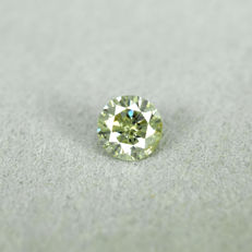 Diamond - 0.34 ct, Natural Fancy Yellowish Green – NO RESERVE PRICE