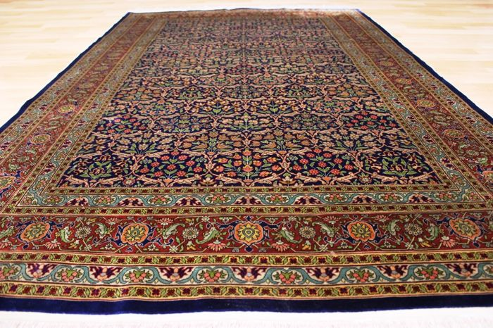 Hereke silk, Turkey - 170 x 111 cm