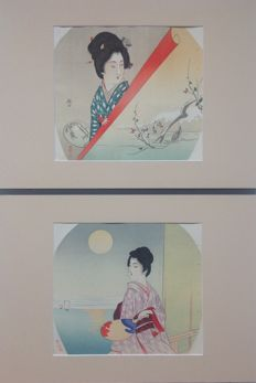 Two uchiwa-e 団扇絵 lithographs with images of women in a wonderful setting - Japan - circa 1920