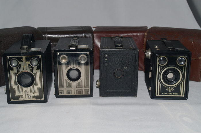 4 beautiful box cameras - 3 x Kodak, 1 x Agfa - with matching bags