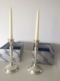 A pair of candlesticks in silver, from the goldsmith Alcudia - Spain - second half 20th century