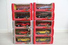 Bburago - Scale 1/24 - Lot with 10 models: 10 x Ferrari - Red / Yellow / Blue