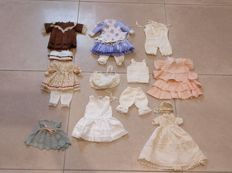 Doll clothes 16 pieces in very beautiful condition