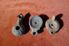 Baked clay oil lamps - dimensions: 75-85 mm (3)