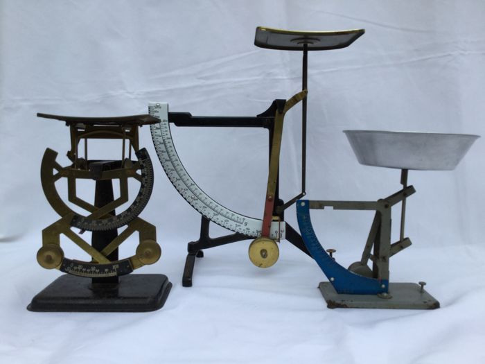 Vintage weighing scales __ two letter scales and one kitchen weighing scale