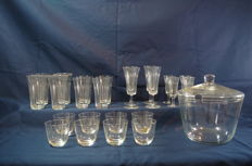 Floris Meydam - model Tuba, type 'Typha' - 25-piece glass tableware including a punch bowl