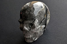 High Quality Quartz skull with black Tourmaline crystals included - 9.4 X 7.5 X 5.6 cm - 567 gm