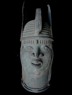 Bronze Ifé Commemorative head of a Queen Mother - BINI EDO - Benin