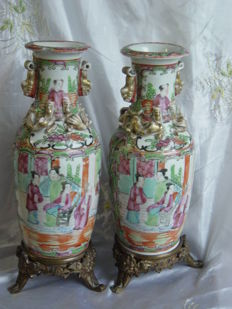 Two Famille Rose porcelain vases - China - 19th century