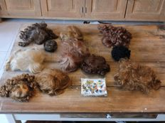 11 dolls wigs and various eyes
