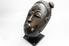 Old & Beautiful Mask - YAURE  - Ivory-Coast