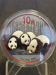 China - 10 Yuan 2013 'Panda Antique' with colour - 1 oz silver