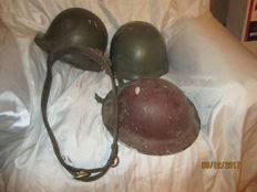 Lot of 3 military helmets