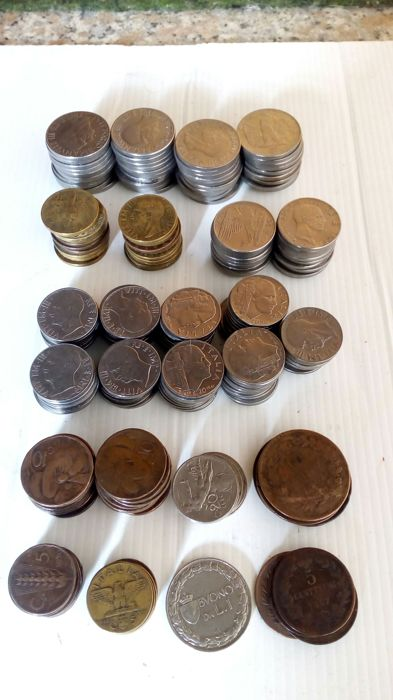 Kingdom of Italy - Lot of 202 coins, Vittorio Emanuele II and III