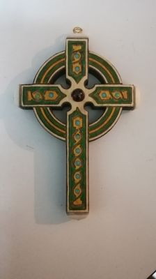 Holly wood cross (not cut) of Celtic tradition