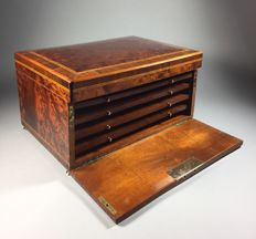 Thuya, rosewood cigar box with Intarsia - France - approx 1880
