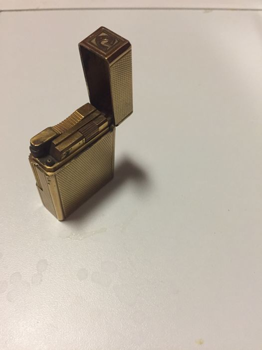 S.t. Dupont lighter, ligne 1, 20µ gold plated, ca 1970