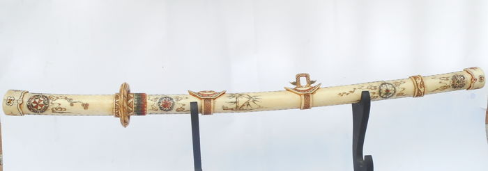 Decorative polychrome bone Katana - China - second half of 20th century (82,5 cm)