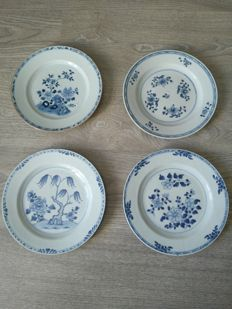 4 white & blue porcelain plates with flower decoration - China - 18th century