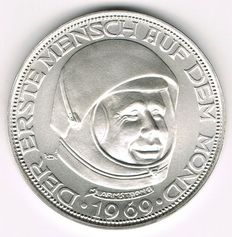 USA/Germany - Silver Medal 1969/20 Lunare The First Man on the Moon - Neil A. Armstrong