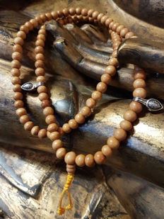 - Tibetan Thuja Wood Mala / Mantra Mala - Lhasa, Tibet - End of the 20th century