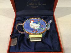 Small collectable teapot, enamel on copper - Maddicott - with a chicken