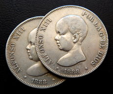 Spain – Alfonso XIII. 2 coins of 5 pesetas. 1888 MPM + 1888 MPM variant with the rounded top of the bust (scarce), silver.