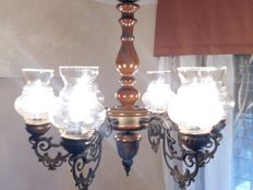 Chandelier with bronze and wooden structure Six lights 1950s Diameter: 65 cm