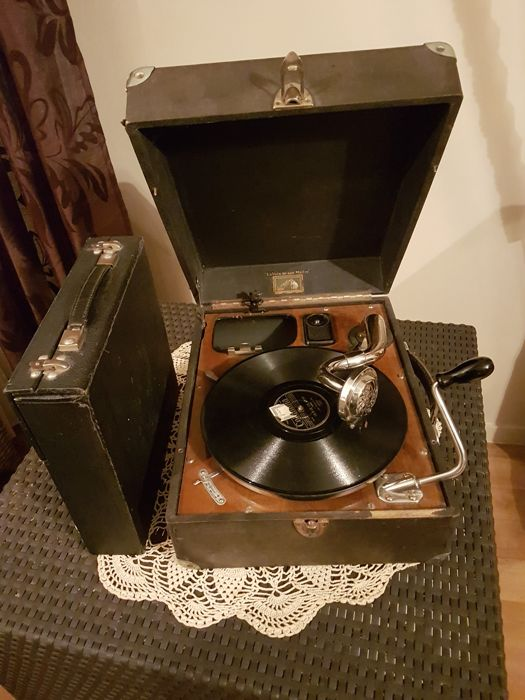 ancien phonographe gramophone portable pathe la voix de son maitre type 4045 n 16726 catawiki. Black Bedroom Furniture Sets. Home Design Ideas