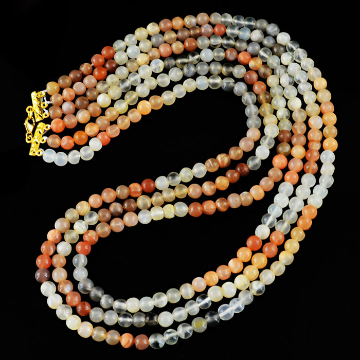 Multicolor Moonstone necklace with 18 kt (750/1000) gold Clasp, length 50cm.