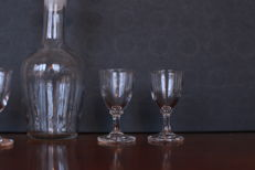 Liqueur decanter with four matching glasses, second half nineteenth century