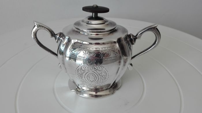 """Royal Sheffield Family"" English sugar bowl"