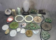 Collection of 24 different mineral items - 1400 grams
