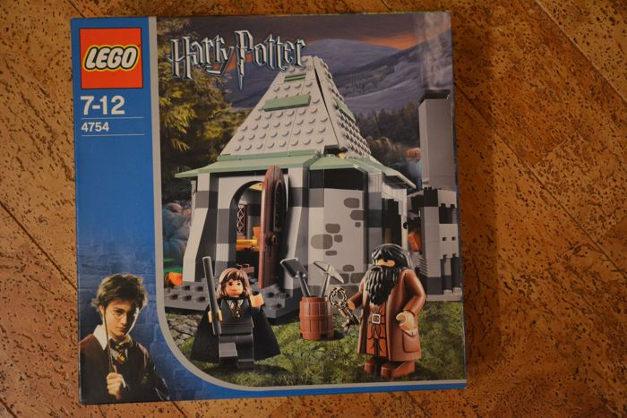 Harry Potter - 4754 - Hagrid's Hut (2nd edition)