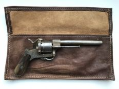 Large 9mm pinfire revolver type Lefaucheux with matching carrying case - ca. 1860