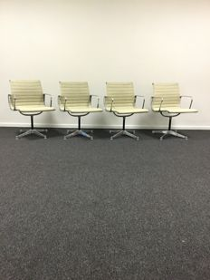 Charles & Ray Eames for Herman Miller set of 4 seats, model EA 108