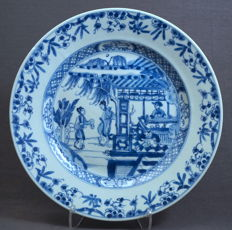 Plate with decoration of 'Romans of the West Chamber' - China - c. 1700, Kangxi period (1662–1722)