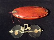 Spectacles in Boxwood Case - China - 19th Century