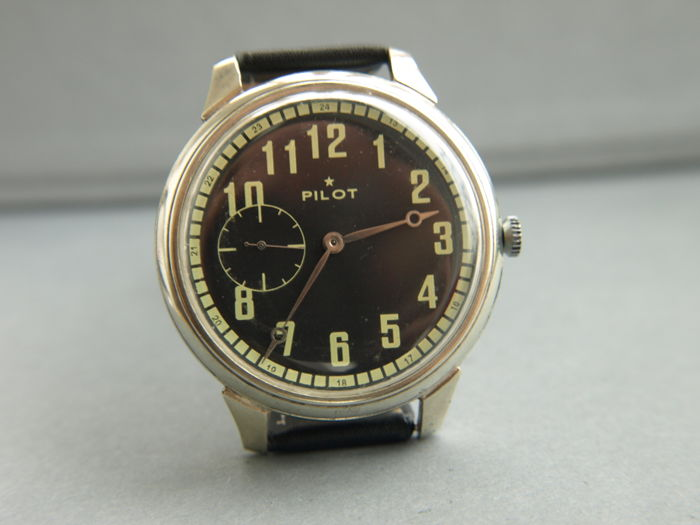 12. Molnija Pilot military style wristwatch - 1950-55