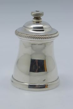 France - Superb sterling silver pepper mill, 1900, silversmiths: Hénin & Cie